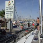 Unser Boot braucht Diesel